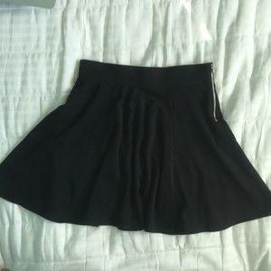 Black skirt with silver zipper